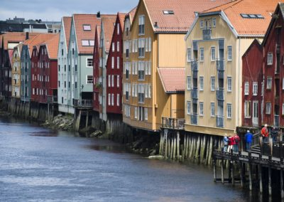 The-river-Nidelven-in-Trondheim-092011-99-0147