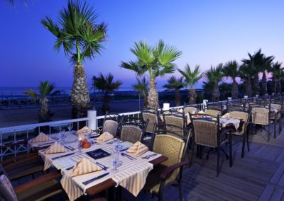 6135195_Restoran