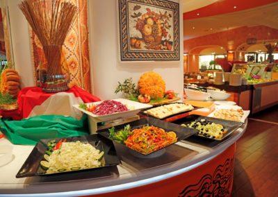 Hotel Restaurant 02