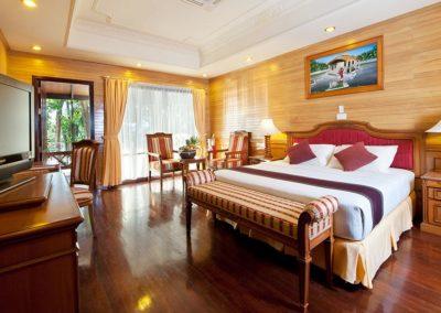 Royal Island Resort Spa 2